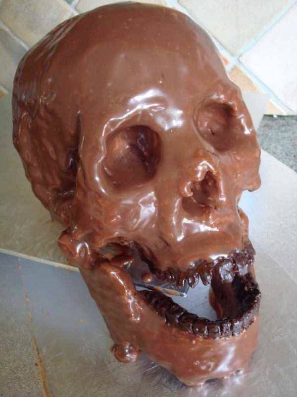 bizarre-chocolate-sculptures-3