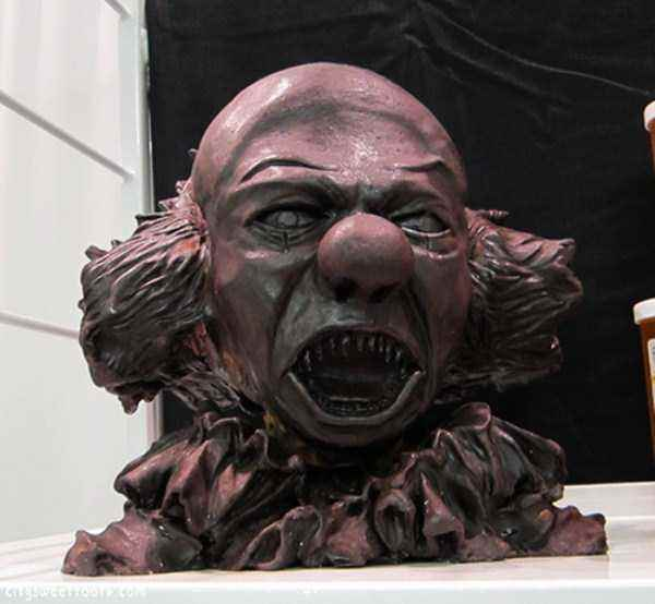 bizarre-chocolate-sculptures-7