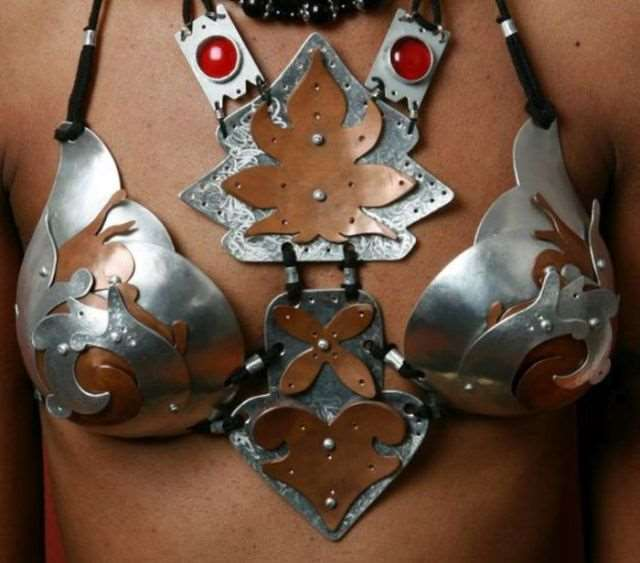 metal_bra_designs_that_are_works_of_art_640_06