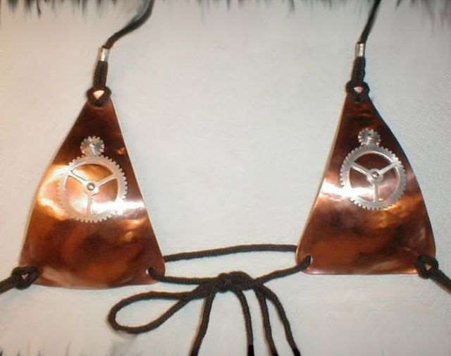 metal_bra_designs_that_are_works_of_art_640_08