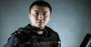 【画像】中国のSWAT隊員が自分の職場で撮影したウエディングフォト