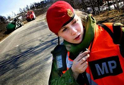 norwegian_military_girl_03