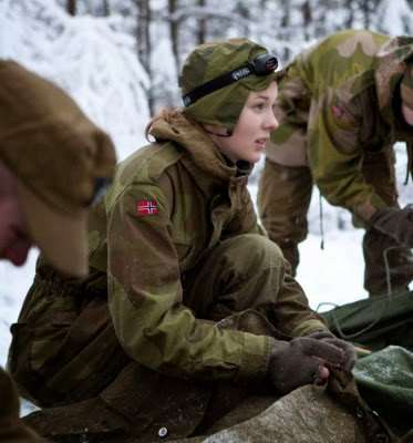 norwegian_military_girl_17