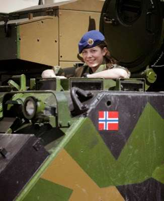norwegian_military_girl_31