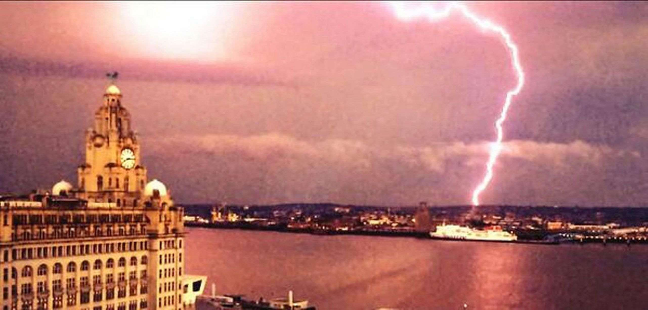 Lightning-over-Liverpool