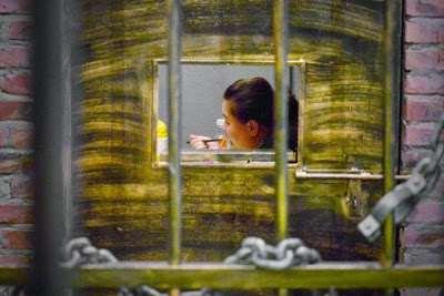 prison_themed_restaurant03