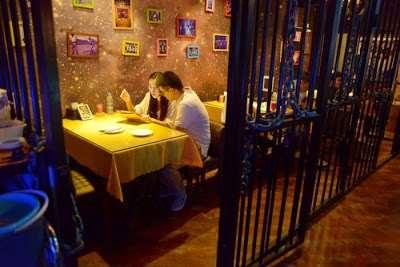 prison_themed_restaurant04