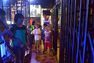 prison_themed_restaurant11