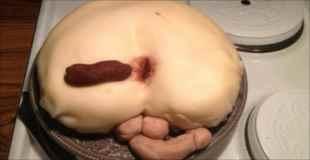 【画像】こんなの誰が食べるんだっていうグロケーキ
