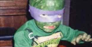 【画像】親が頑張って自作した残念なハロウィン衣装