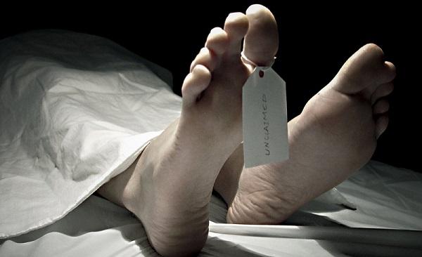 【閲覧注意】自殺した妊婦のお腹を裂き胎児を取り出してまた縫合する。(動画)