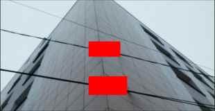 【画像】 この建物、設計ミスなのか、それとも狙ってるのか…