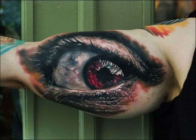 mind_blowing_3d_tattoos_640_23