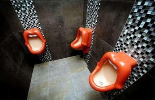 funny-urinals-12