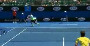 【動画】時速196キロのテニスボールが股間に直撃!