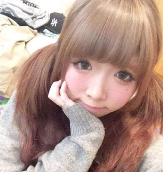 this_is_the_real_face_of_japanese_cutie_640_11