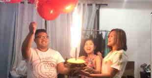 【爆発】誕生日パーティーで風船もらって花火付きケーキで祝ってもらった結果…。
