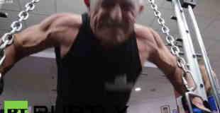 【衝撃動画】ベンチプレス200kgをあげる衝撃の72歳おじいちゃんwww