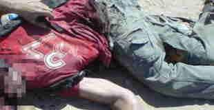 【画像】口が裂け臓器が飛び出し死亡している男性