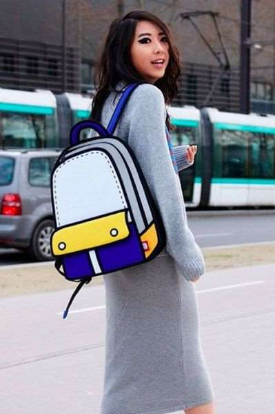 fashion_bags_that_look_like_cartoon_art_640_05
