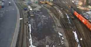 【動画】チェコで石炭列車が脱線する事故が発生