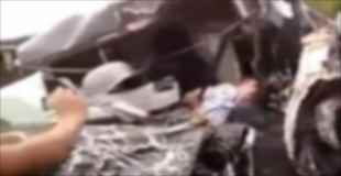 【閲覧注意】自動車事故で亡くなった2名の男性の死に様が尋常ではない・・・。