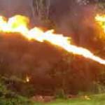 【動画】アメリカ、48の州で購入することができる火炎放射器。