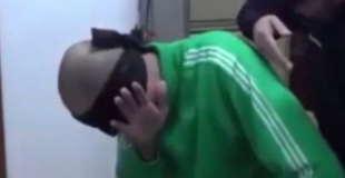 ガダフィ大佐の息子の獄中拷問映像が出回る