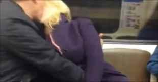 【動画】電車内で女が手マンでイカされてるんだけど・・・