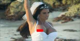 【エロ】爆乳モデルが結婚式でまさかのポロリ。(14枚)
