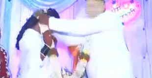 【動画】結婚式で結婚の喜びをめちゃ激しいダンスで表現する新郎www