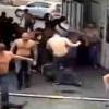 【動画】気合の入り方?上半身裸集団と服着用集団の決闘が即決着…。
