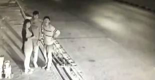 【衝撃動画】監視カメラがとらえた集団リンチ殺人… 10代の子供たちが犯した恐ろしい事件の映像がコチラ…