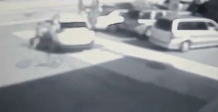 【衝撃】20回以上も逮捕されている12歳の少年が行った鮮やかすぎる車の窃盗動画!!