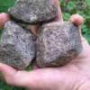 【閲覧注意】女性に石を投げる、の究極系(動画)