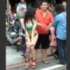 【動画】ビキニで中国からの観光客にアピールする台湾美女がエロいwww