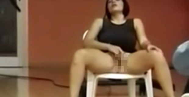 【動画】マジでこの女性がオ●ニーしている意味が分からない