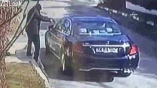 【動画】トルコにて謎のヒットマンに射殺される有名なビジネスマン…。