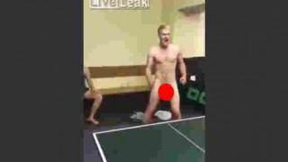 【動画】卓球でぺ○スを使ったナイスショットを決め雄叫びを上げるふるちんの男www