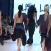 【おっぱい祭り】バンクーバーで開催された2014秋/冬のファッションショーがみんなトップレスなんだけどwww