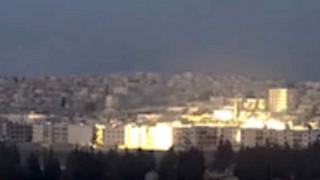 ロシアがアレッポ空爆にクラスター爆弾を使用する。市街地に巻き散らかされる動画。