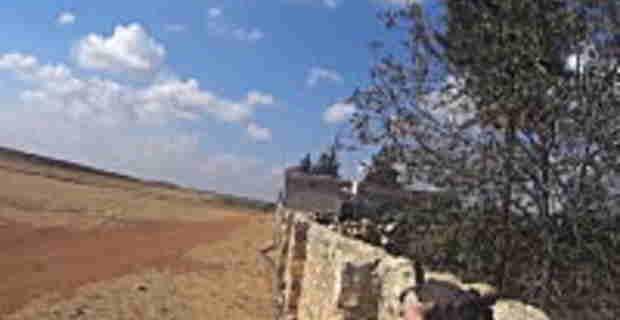 イスラム国戦闘員のウェアラブルカメラが自分の死の瞬間を記録していた。シリア。