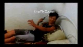【自爆】少年が一人で実弾の入った拳銃を使用してロシアンルーレットしてたら自分の頭撃っちゃった…。