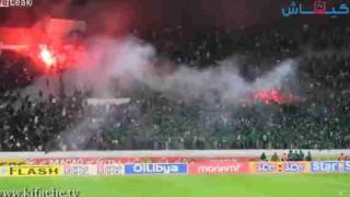 【衝撃動画】サッカーの観客席で起きた大規模な暴動がヤバイ…。
