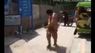 【動画】携帯電話が突然、火を噴き男性が火だるまに…。※閲覧注意