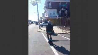 【動画】コカイン中毒の女性が下半身、裸で歩いてるんだけどwww