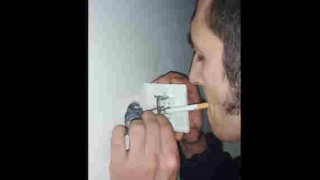 【動画】ライターないときはこうやってタバコに火を付けましょうwww※よいこは真似しないでねw