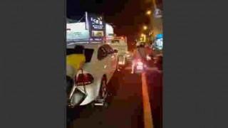 【動画】駐禁によるレッカー移動を意地でも阻止しようと必死の抵抗を見せるおばさんwwwww