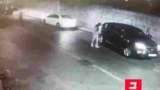 【動画】女性がのった乗用車を50秒で盗む。