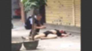 【閲覧注意】中国で起きた強盗殺人の瞬間が映った防犯カメラ動画…。